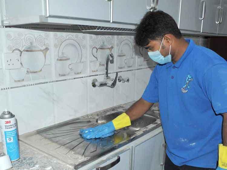 طرق تنظيف سيراميك المطابخ